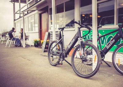 Avatar Electric Bike outside a cafe