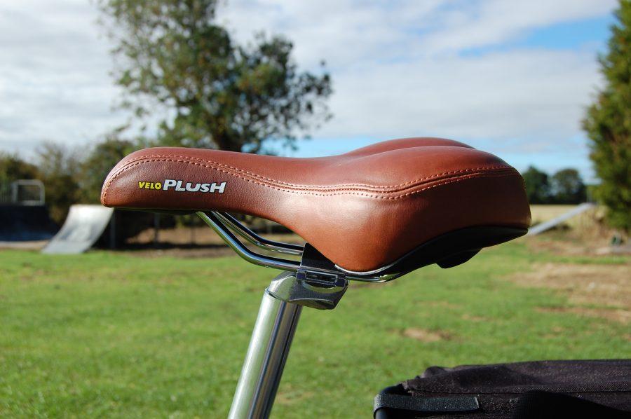 RooDog Tan velo plush saddle