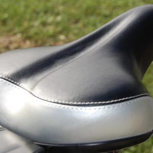 RooDog black/grey saddle