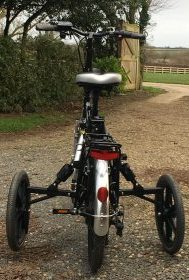 adult stabilisers on RooDog bliss electric bike